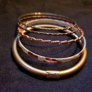 Jewelry - Bangle bracelet set of 5